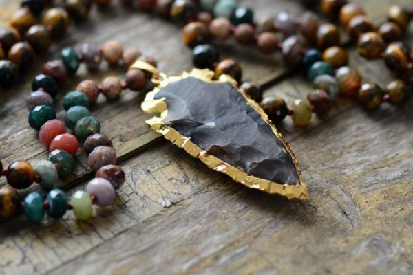 WILD TREASURE Obsidian Arrowhead Beaded Necklace